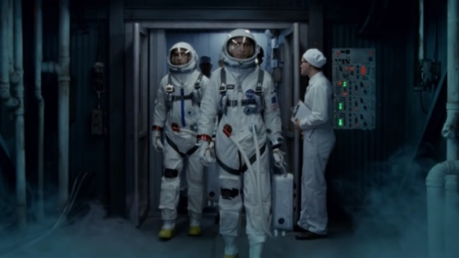 incredible-thrilling-new-trailer-for-first-man-tells-the-story-of-the-first-journey-to-the-moon-social